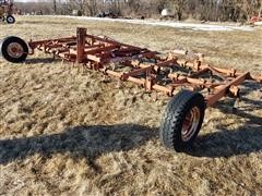 Allis-Chalmers 1200M 24' 3-Pt Folding Spring Tooth Chisel
