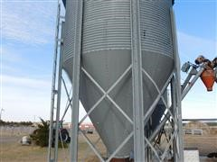 """CO-OP Hopper Bin With Legs/6"""" Auger With Electric Motor"""