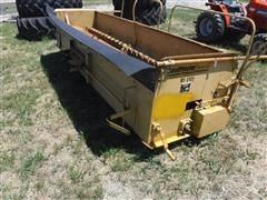 SealMaster RI-112 12' Aggregate Chip Spreader