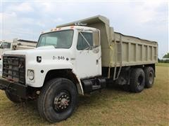 1988 International S-1900 T/A Dump Truck W/Steel Bed