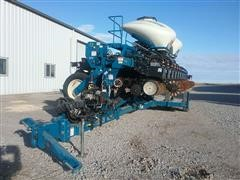 Kinze 3600 Bulk Fill Interplant Planter