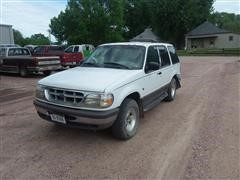 1996 Ford Explorer 4x4 SUV