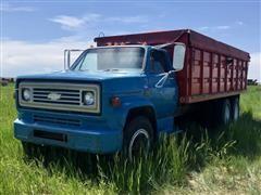 1973 Chevrolet C65 T/A Grain Truck