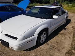 1996 Pontiac Grand Prix SE Car