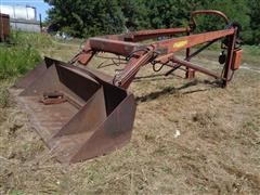 Farmhand F11 Tractor Loader