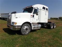 2001 International Eagle 9400i T/A Sleeper Cab Truck Tractor