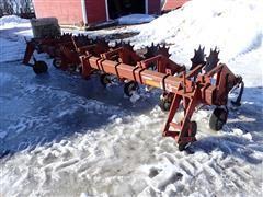 International 133 6R30 Cultivator