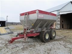 Chandler Fertilizer Spreader Cart