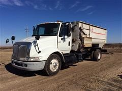 2003 International 8600 S/A Feeder Truck