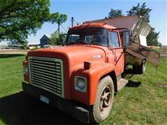 1973 International 1600 Feeder Mixer Truck
