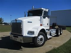 2013 Kenworth T800 Day Cab T/A Truck Tractor
