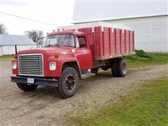 1975 International 1600 Loadstar Grain Truck