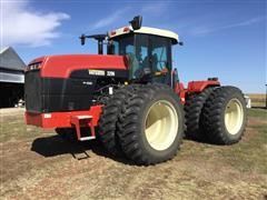 2005 Buhler Versatile 2290 4WD Tractor