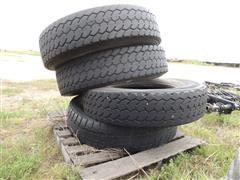 11R22.5 Tires