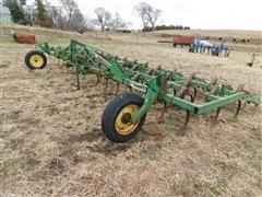John Deere 1010 3-Pt Field Cultivator