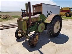 1931 John Deere D 2WD Tractor