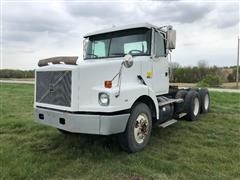 1997 Volvo Conventional WG T/A Truck Tractor