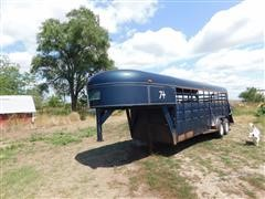 1981 (Unspecified) T/A Gooseneck Livestock Trailer