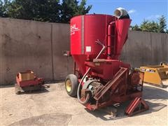 Gehl MX170 Electric Powered Grinder Mixer