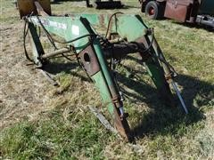 Farmhand F258 Tractor Mounted Loader