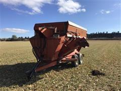 Schwartz 880 T/A Feed Wagon
