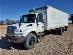 2005 International 4400 T/A Cargo/Box Truck