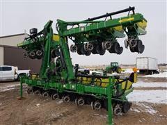 2009 John Deere 1720 MaxEmerge XP 16R30 Stack Fold Planter