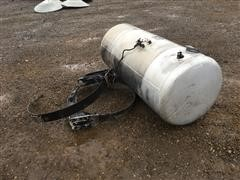 2009 Peterbilt 120 Gallon Fuel Tank W/ Brackets