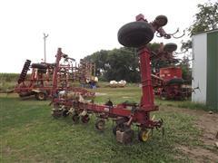 Noble 12R30 Row Cultivator