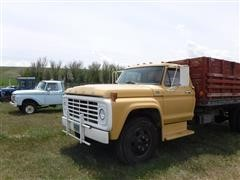 1974 Ford F600 Grain Truck