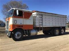 1977 Mack Cruiseliner T/A Cabover Grain Truck