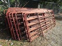 Farmaster Pipe Corral Panels & Hog Wire Panels