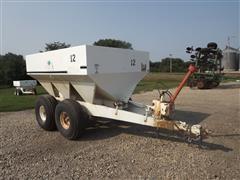 Willmar Pull-Type Dry Fertilizer T/A Spreader