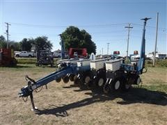 Kinze 3000 6/11 Planter W/ Interplant