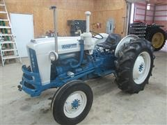1962 Ford 4000 Antique 2WD Tractor