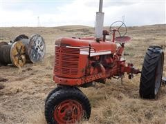 International Farmall H Narrow Front 2WD Tractor