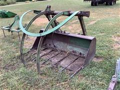 John Deere Grapple Bucket