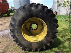 John Deere 7700 Combine 30.5L-32 Drive Tires