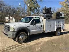 2005 Ford F550 2WD Mechanics Truck