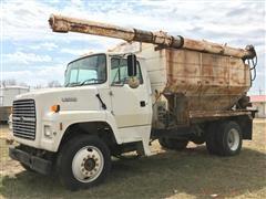 1996 Ford LN7000 Bulk Feed Truck