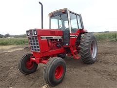 1979 International F1486 2WD Tractor