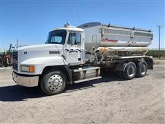 1996 Mack CH613 T/A Fertilizer Tender Truck