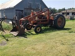 1963 Case 831 2WD Tractor W/Loader/Bucket/Grapple