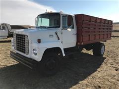 1976 Ford 700 Grain Truck