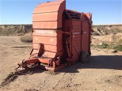 Hesston SH10 Hay Stacker