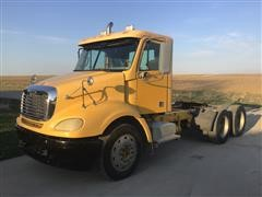 2004 Freightliner Century Classic S/T T/A Truck Tractor