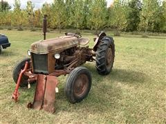 Ford 8N 2WD Tractor (INOPERABLE)