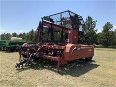 2010 Amity 2500 6R30 Beet Digger