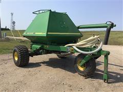 John Deere 777 Fertilizer Cart