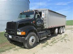 1996 International 8100 Tri/A Grain Truck w/Aluminum Box